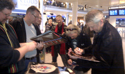 FM meet fans at Copenhagen airport